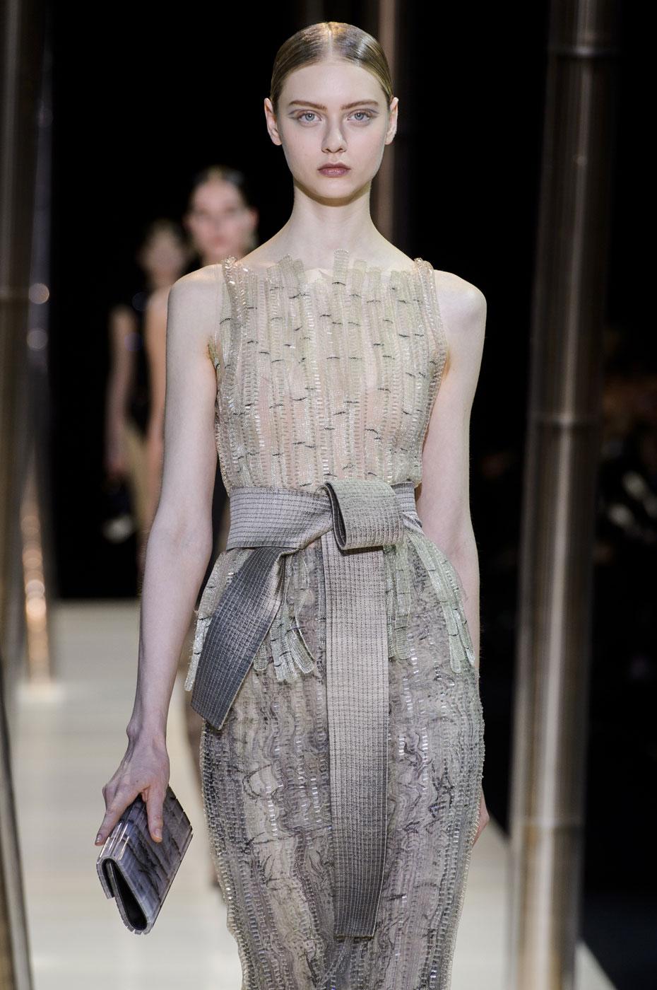 Giorgio-armani-Prive-fashion-runway-show-haute-couture-paris-spring-2015-the-impression-086