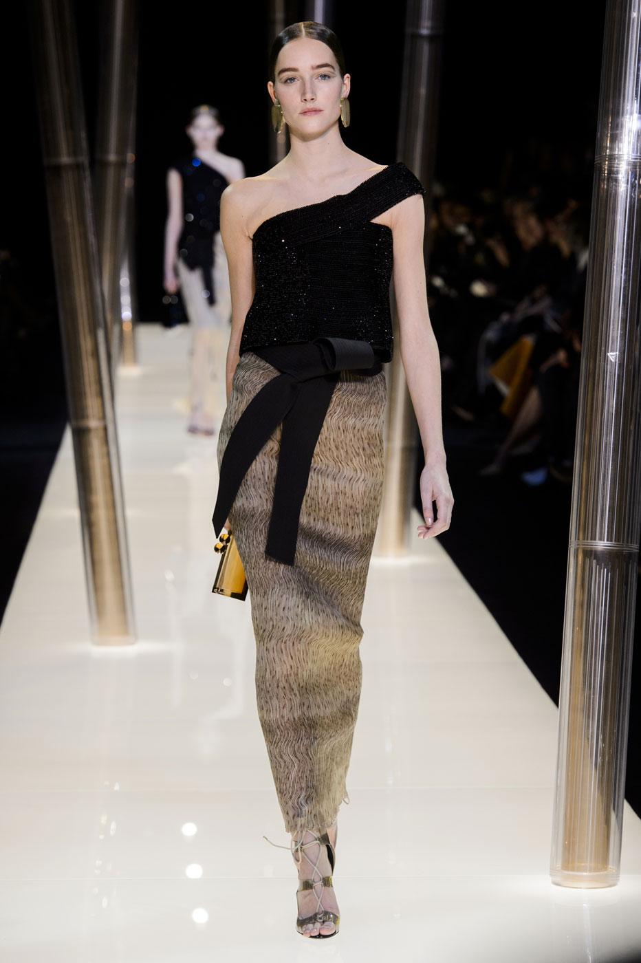 Giorgio-armani-Prive-fashion-runway-show-haute-couture-paris-spring-2015-the-impression-087