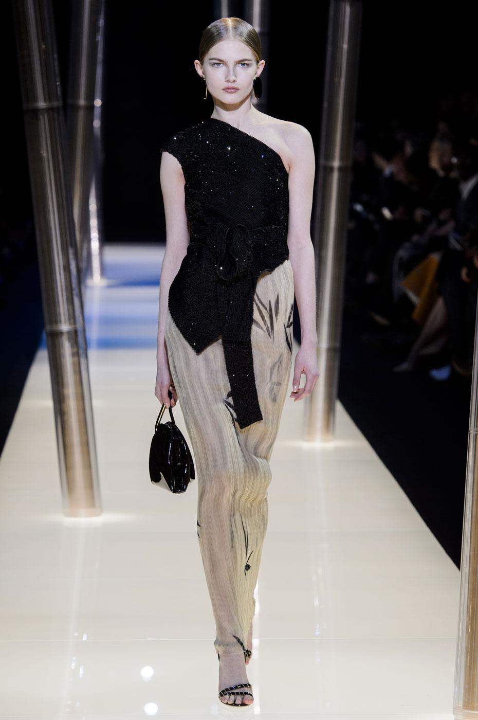 Giorgio-armani-Prive-fashion-runway-show-haute-couture-paris-spring-2015-the-impression-089