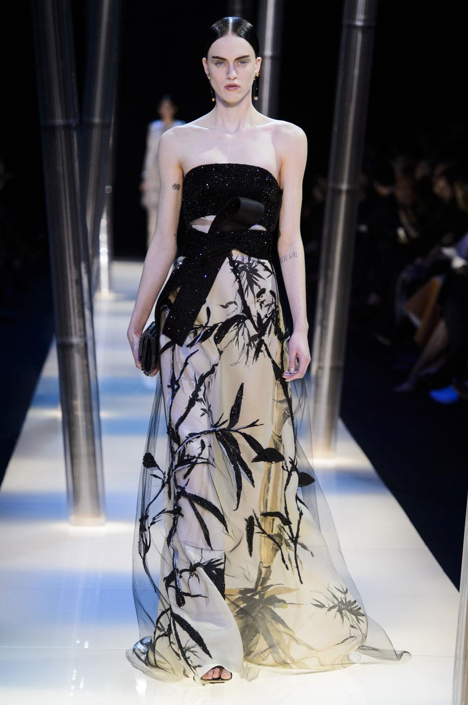 Giorgio-armani-Prive-fashion-runway-show-haute-couture-paris-spring-2015-the-impression-091