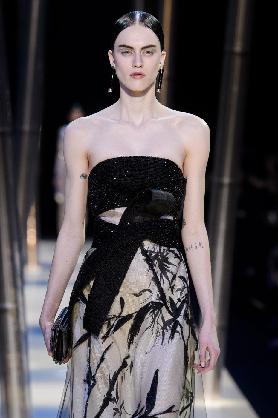 Giorgio-armani-Prive-fashion-runway-show-haute-couture-paris-spring-2015-the-impression-092