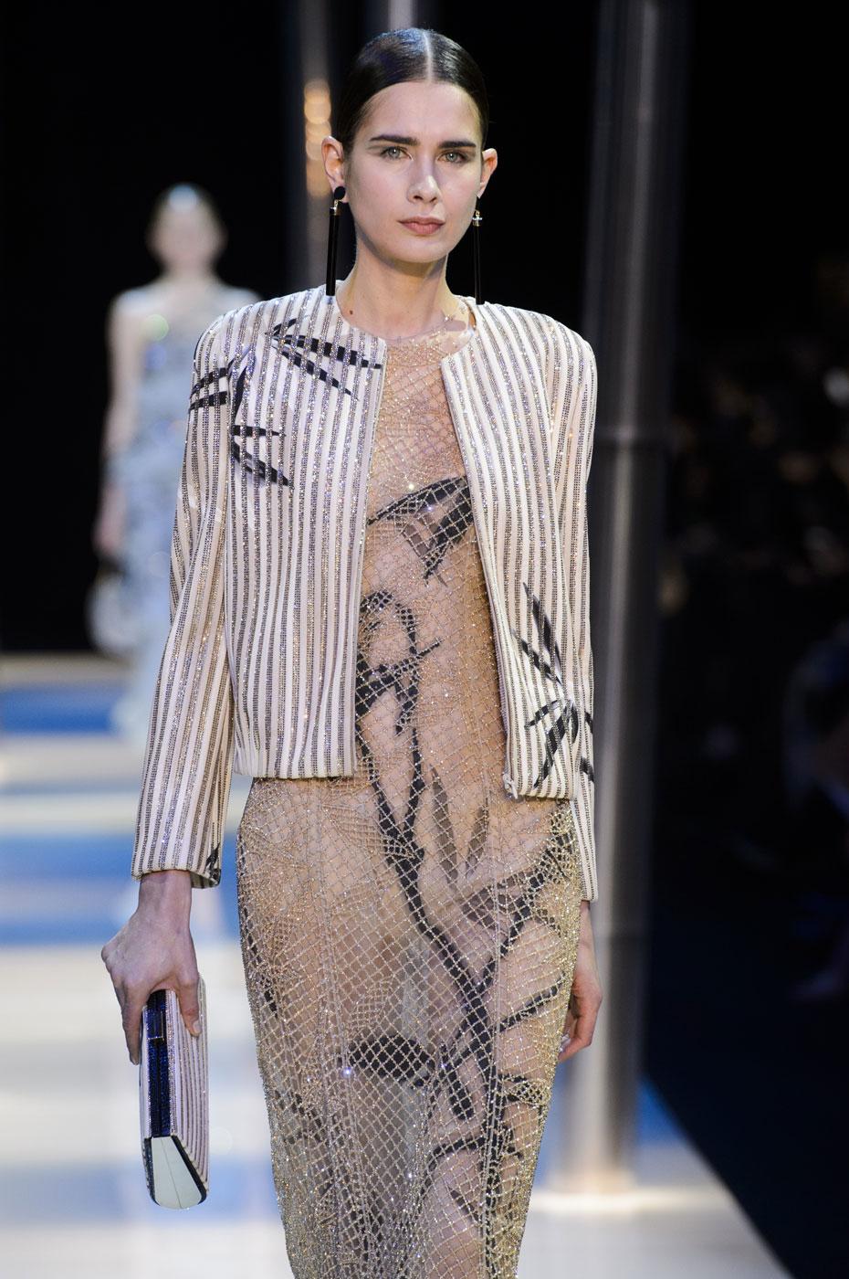 Giorgio-armani-Prive-fashion-runway-show-haute-couture-paris-spring-2015-the-impression-094