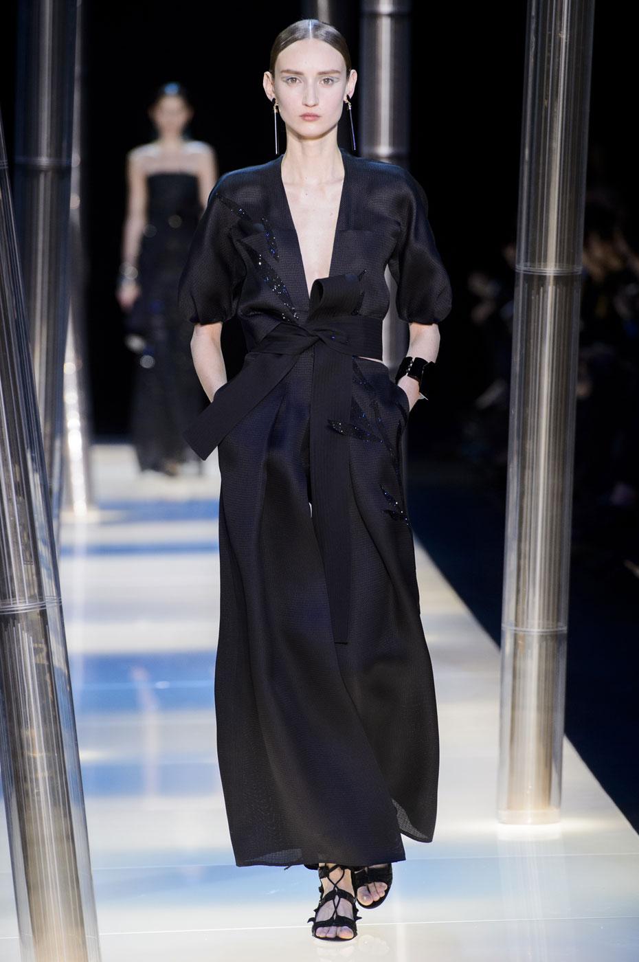 Giorgio-armani-Prive-fashion-runway-show-haute-couture-paris-spring-2015-the-impression-097