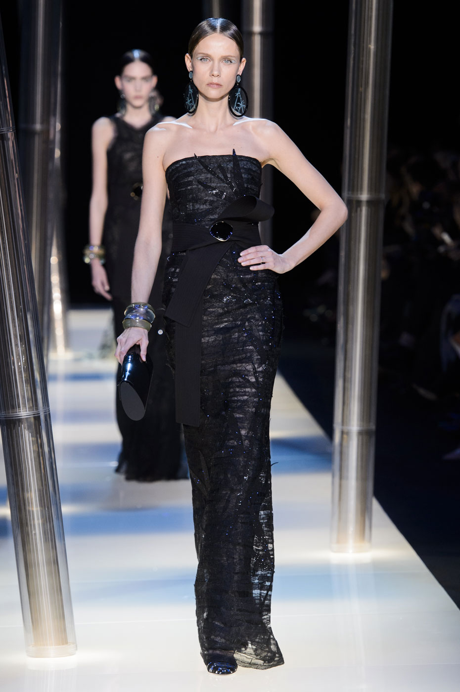 Giorgio-armani-Prive-fashion-runway-show-haute-couture-paris-spring-2015-the-impression-099