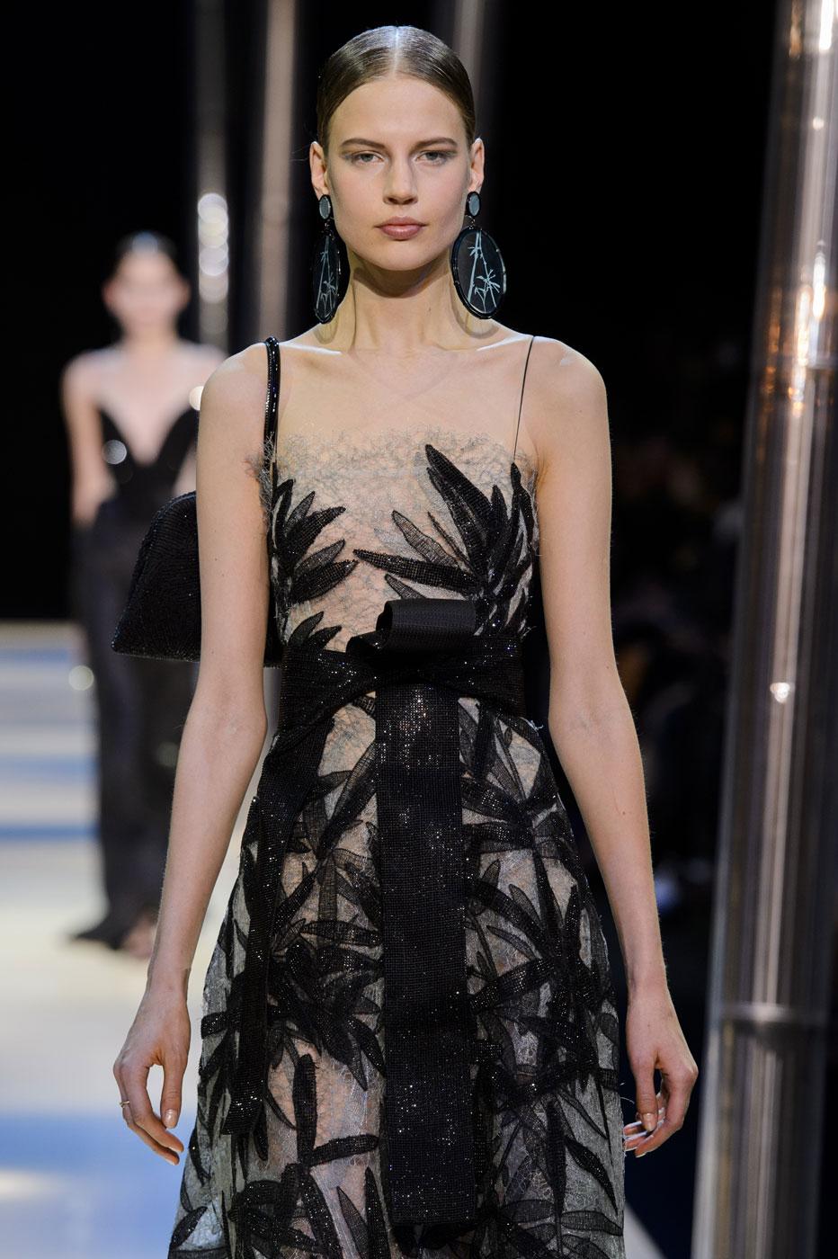 Giorgio-armani-Prive-fashion-runway-show-haute-couture-paris-spring-2015-the-impression-106