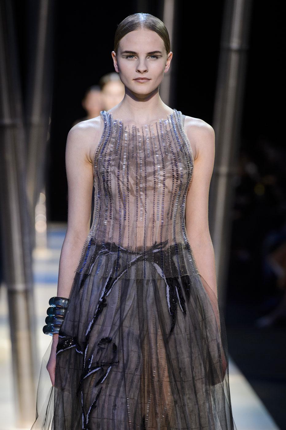 Giorgio-armani-Prive-fashion-runway-show-haute-couture-paris-spring-2015-the-impression-118