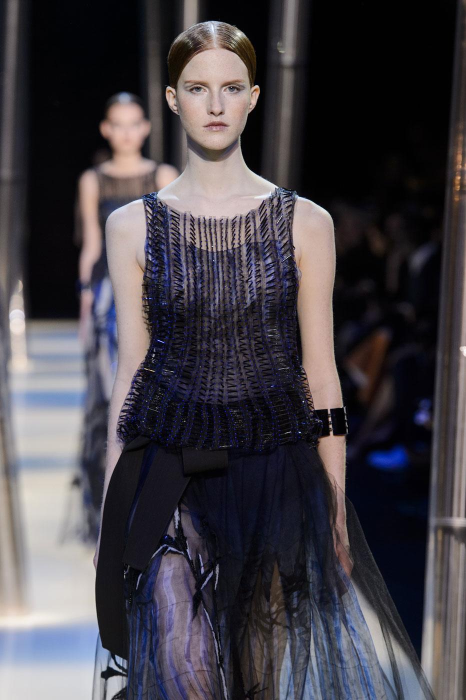 Giorgio-armani-Prive-fashion-runway-show-haute-couture-paris-spring-2015-the-impression-120