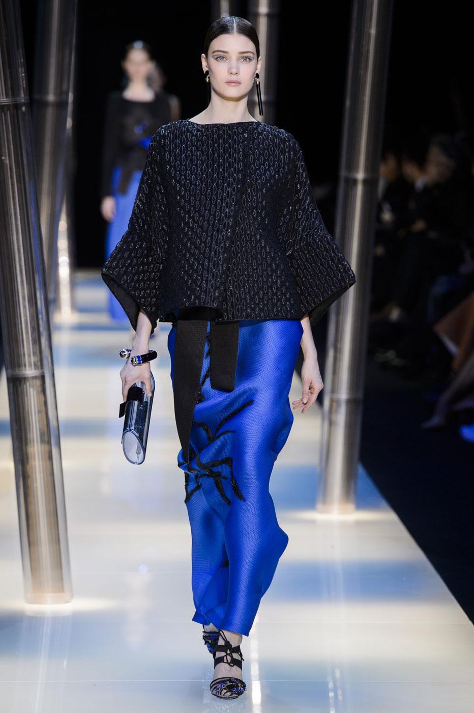 Giorgio-armani-Prive-fashion-runway-show-haute-couture-paris-spring-2015-the-impression-129