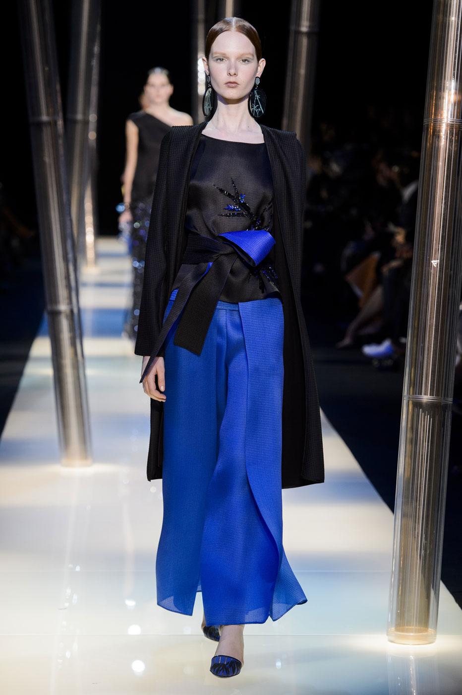Giorgio-armani-Prive-fashion-runway-show-haute-couture-paris-spring-2015-the-impression-131