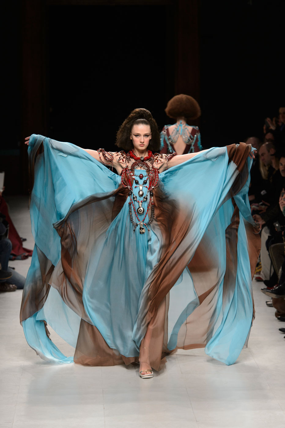 Julien-Fournie-Prive-fashion-runway-show-haute-couture-paris-spring-2015-the-impression-51