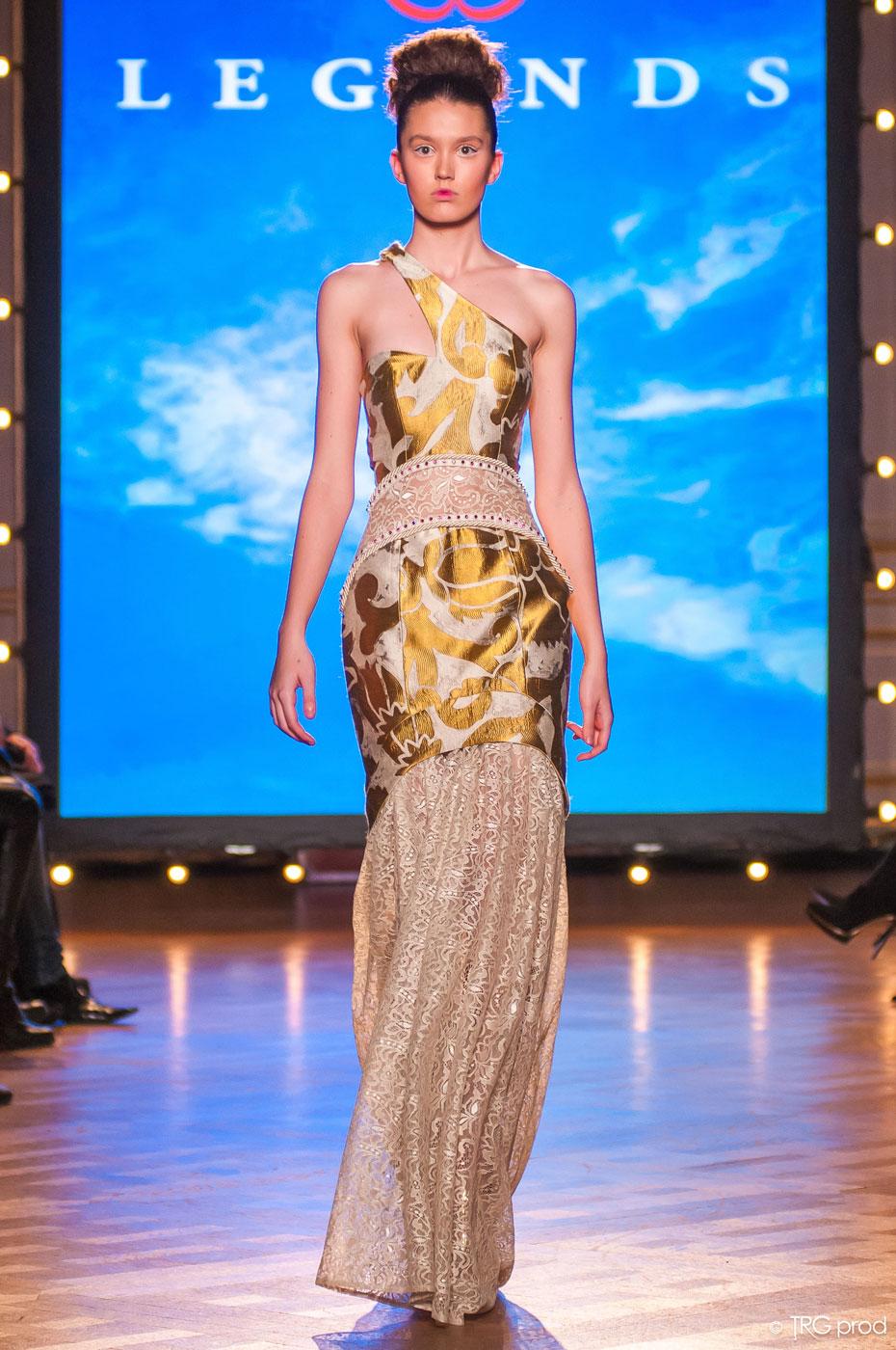 Legends-fashion-runway-show-haute-couture-paris-spring-2015-the-impression-12