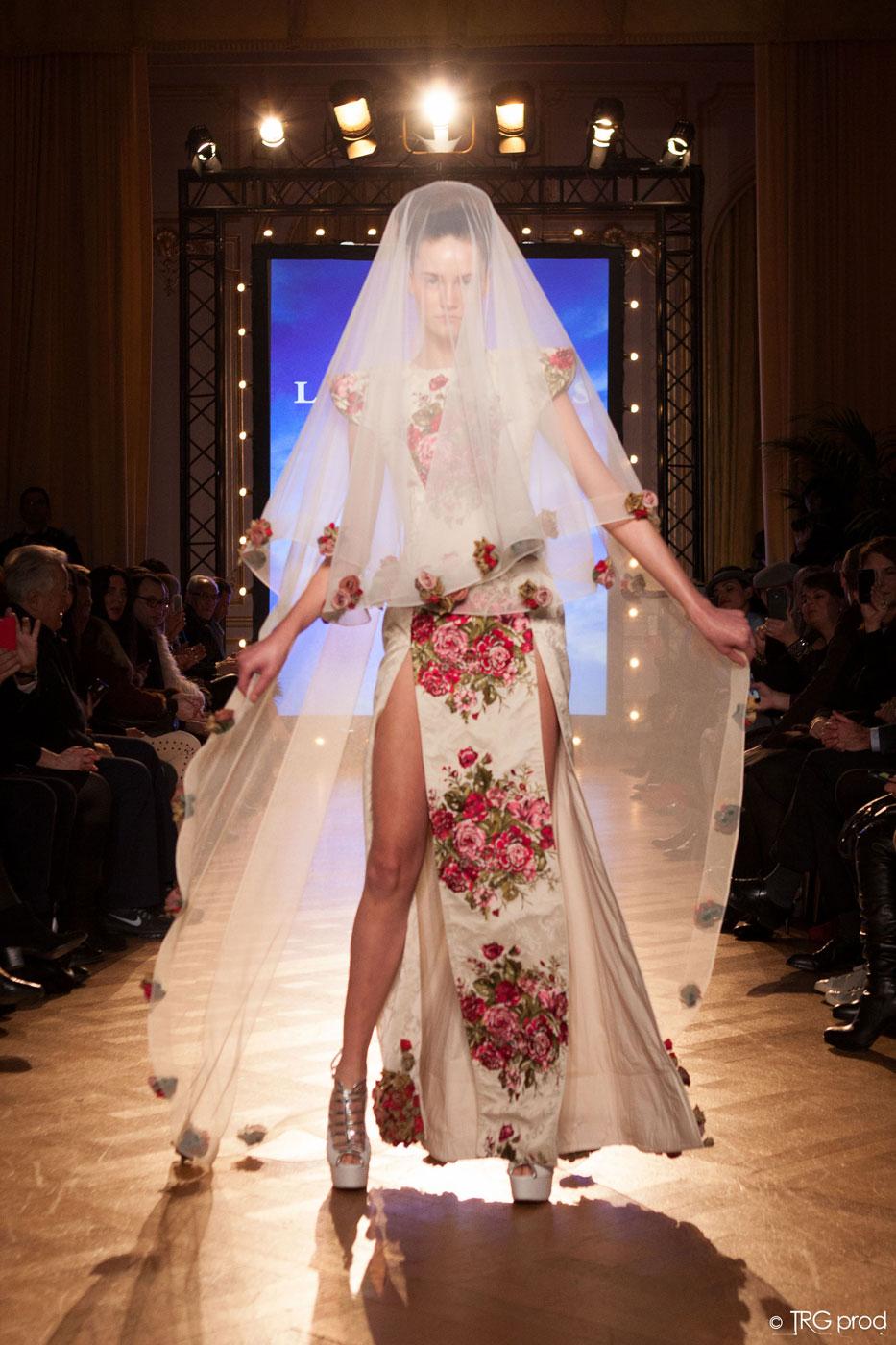 Legends-fashion-runway-show-haute-couture-paris-spring-2015-the-impression-23