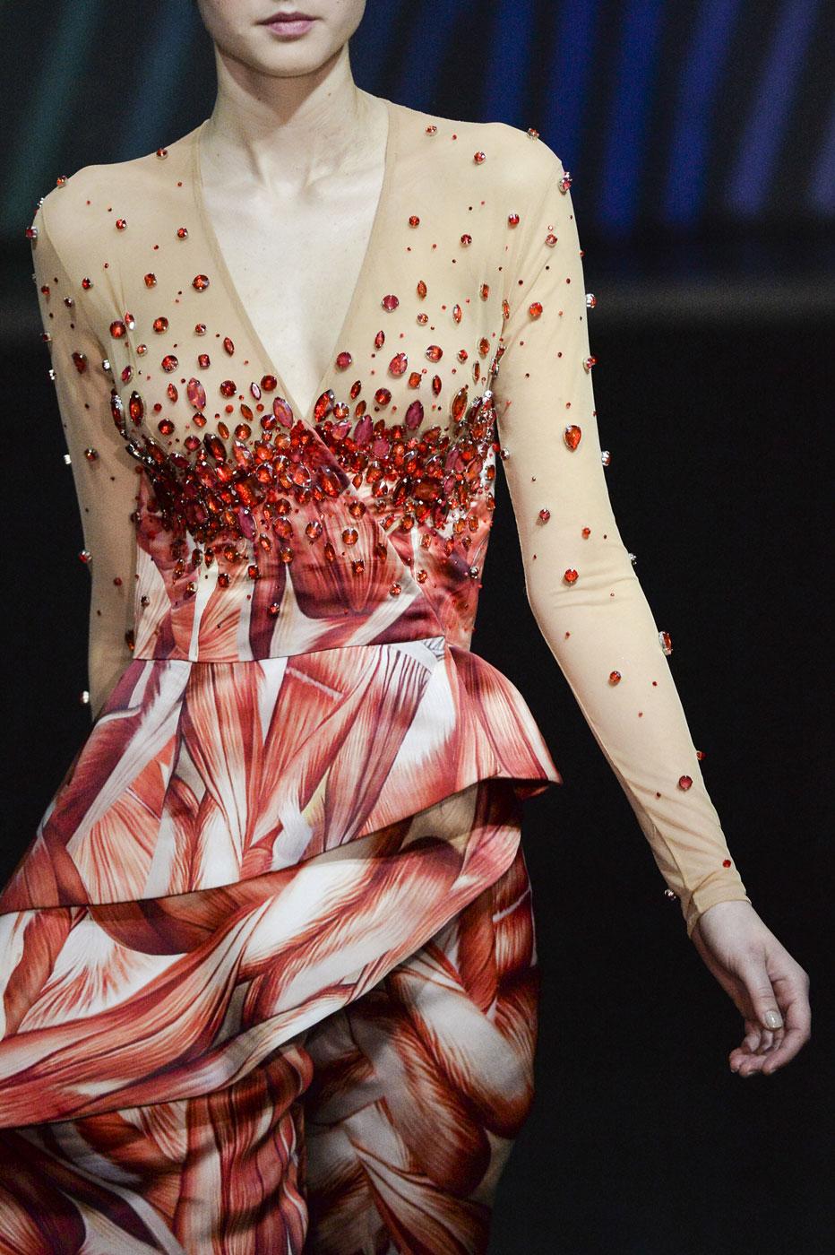 On-Aura-Tout-Vu-fashion-runway-show-haute-couture-paris-spring-summer-2015-the-impression-04