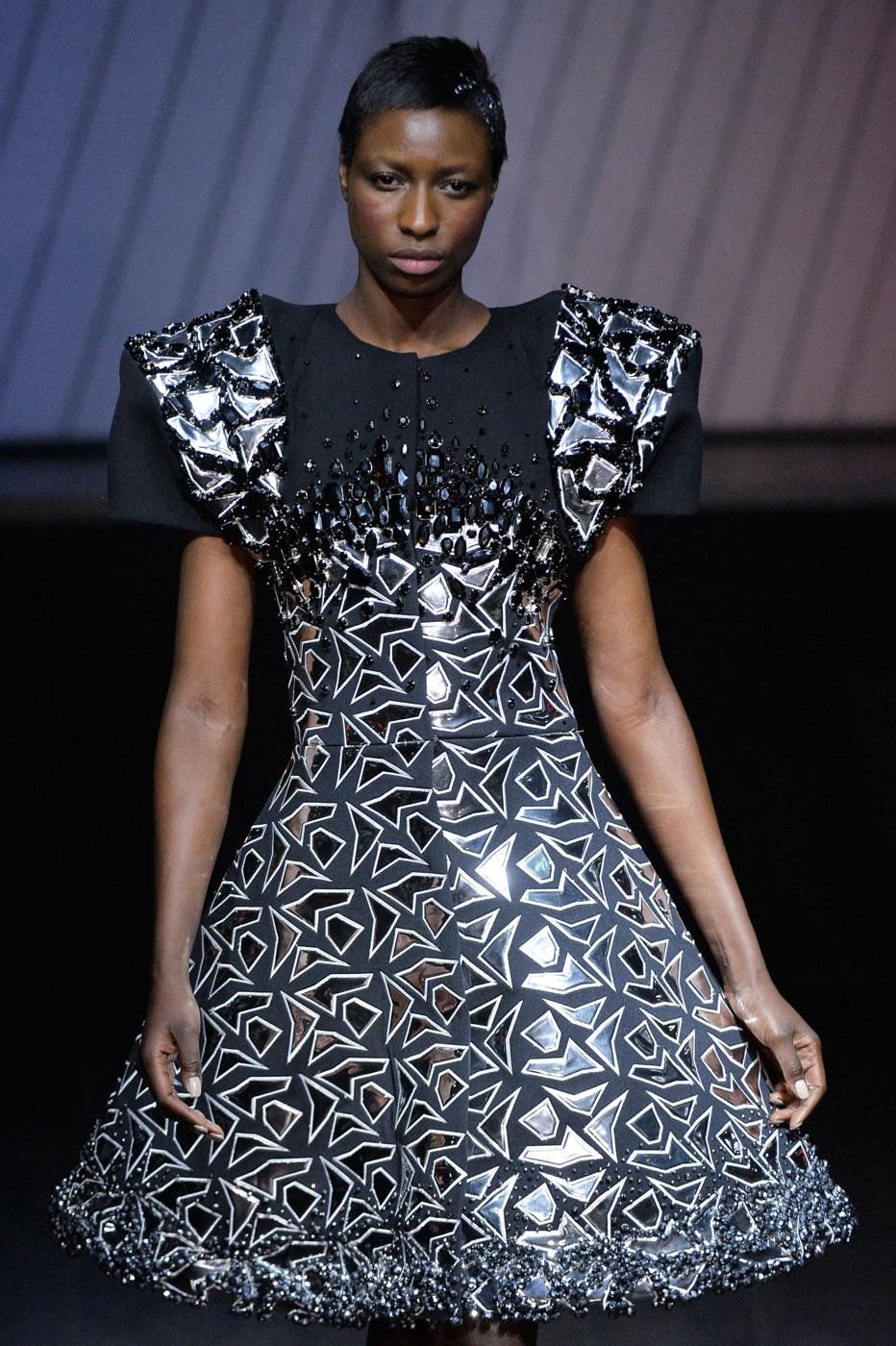 On-Aura-Tout-Vu-fashion-runway-show-haute-couture-paris-spring-summer-2015-the-impression-36