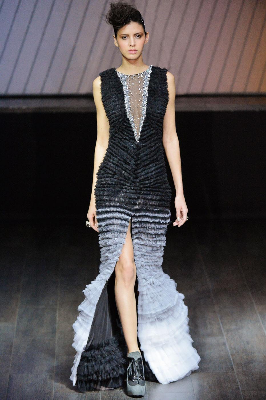On-Aura-Tout-Vu-fashion-runway-show-haute-couture-paris-spring-summer-2015-the-impression-43