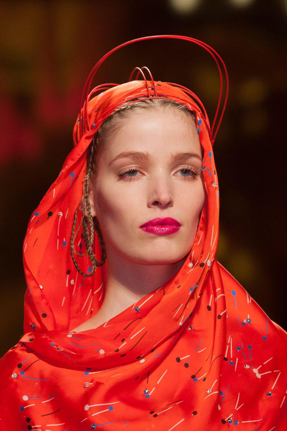 Schiaparelli-fashion-runway-show-close-ups-haute-couture-paris-spring-summer-2015-the-impression-02