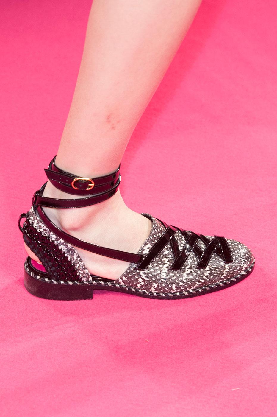 Schiaparelli-fashion-runway-show-close-ups-haute-couture-paris-spring-summer-2015-the-impression-08