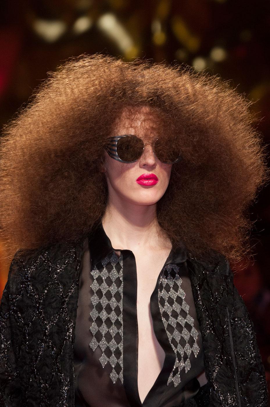 Schiaparelli-fashion-runway-show-close-ups-haute-couture-paris-spring-summer-2015-the-impression-26