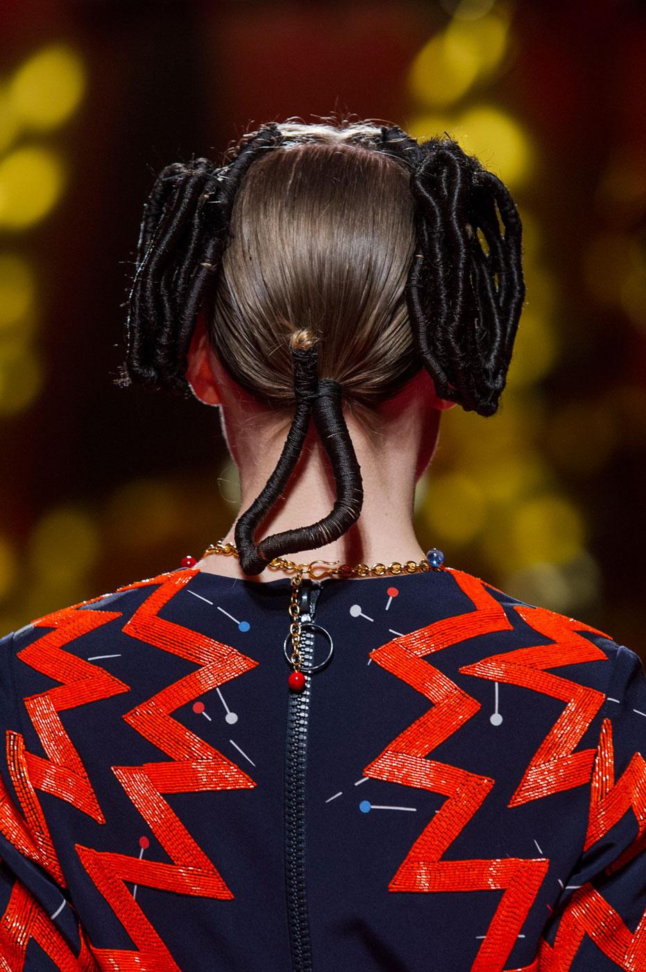 Schiaparelli-fashion-runway-show-close-ups-haute-couture-paris-spring-summer-2015-the-impression-56