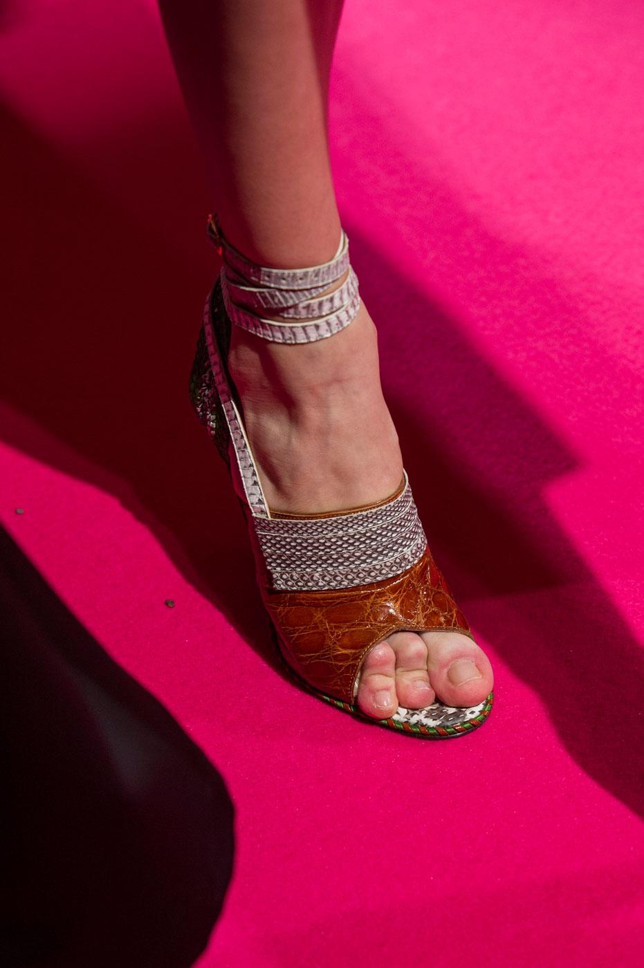 Schiaparelli-fashion-runway-show-close-ups-haute-couture-paris-spring-summer-2015-the-impression-60