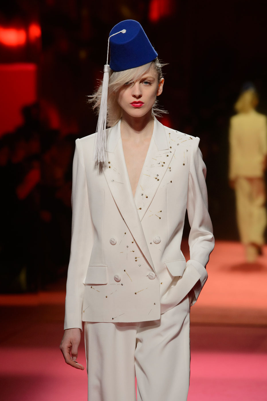 Schiaparelli-fashion-runway-show-haute-couture-paris-spring-summer-2015-the-impression-04