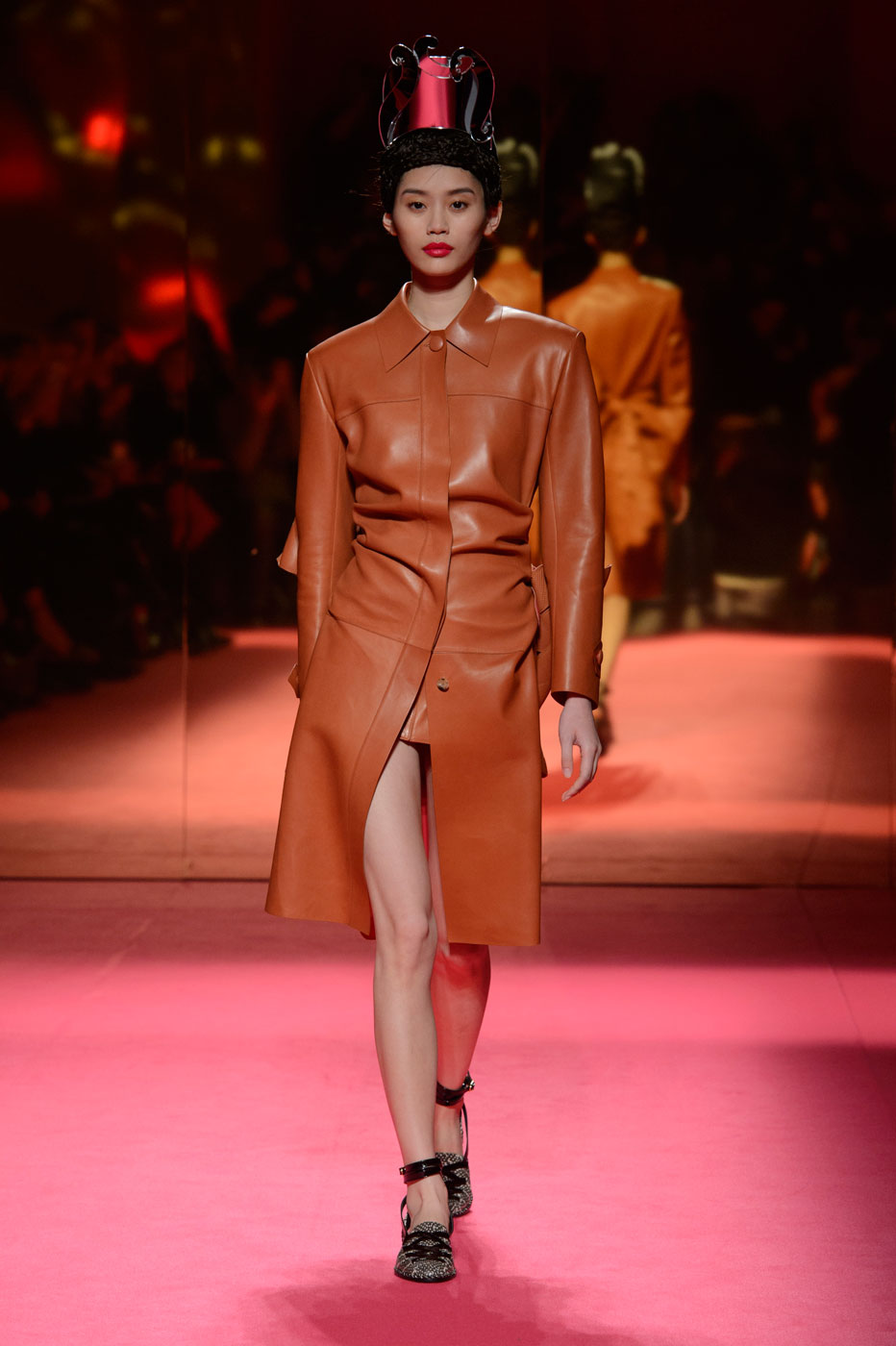 Schiaparelli-fashion-runway-show-haute-couture-paris-spring-summer-2015-the-impression-09