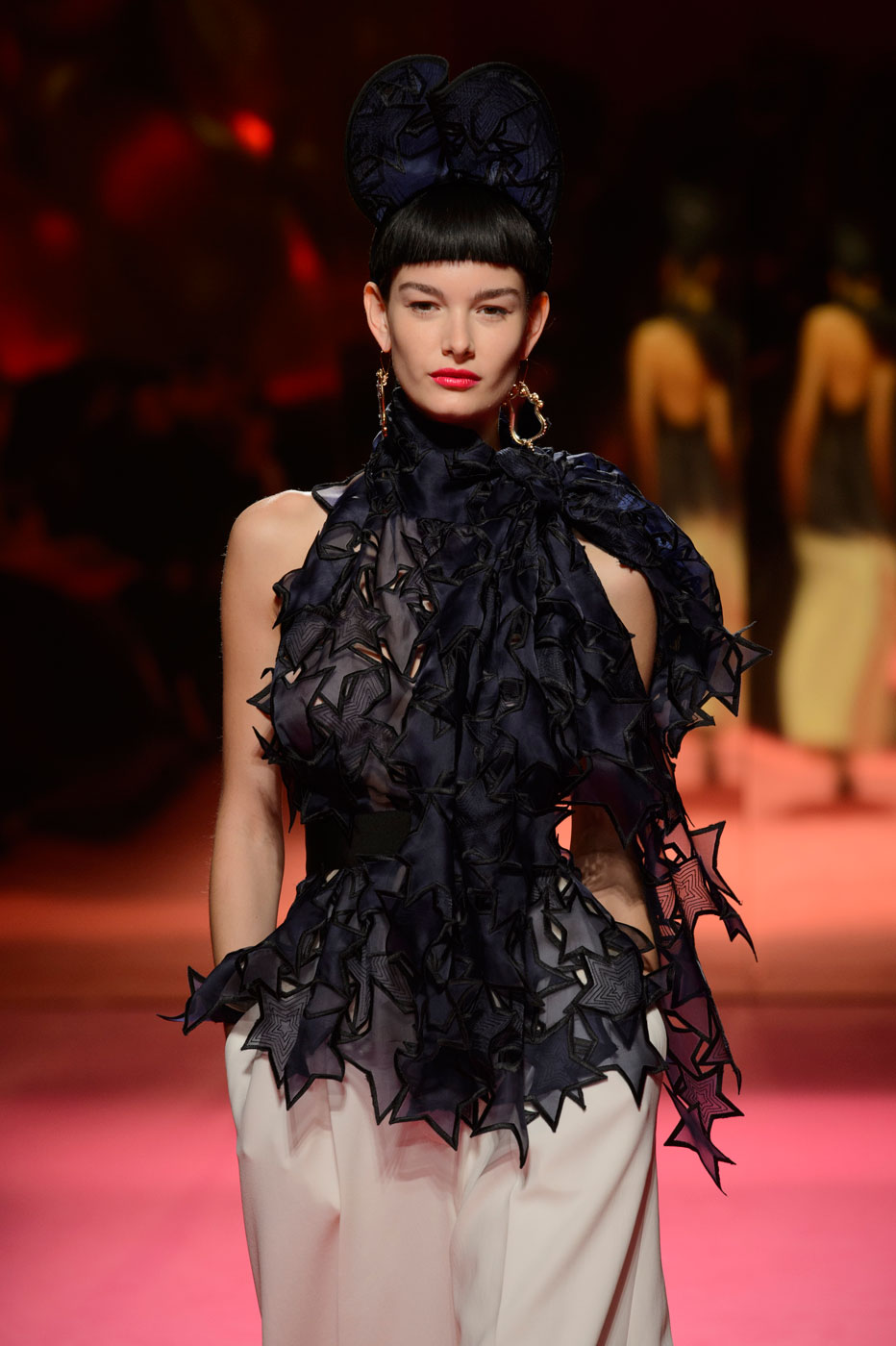 Schiaparelli-fashion-runway-show-haute-couture-paris-spring-summer-2015-the-impression-12
