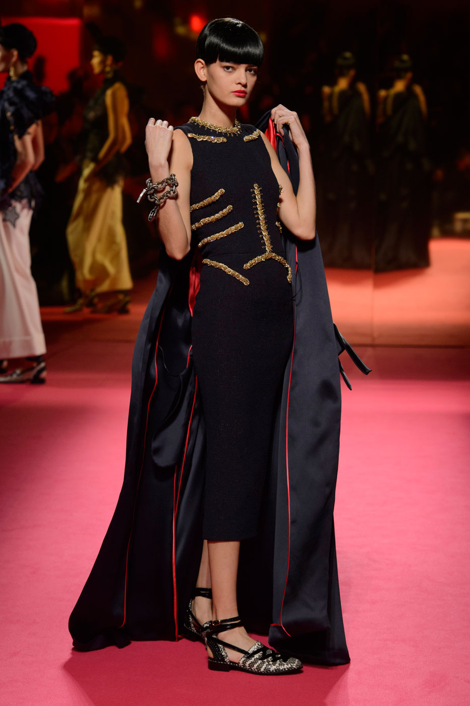 Schiaparelli-fashion-runway-show-haute-couture-paris-spring-summer-2015-the-impression-14