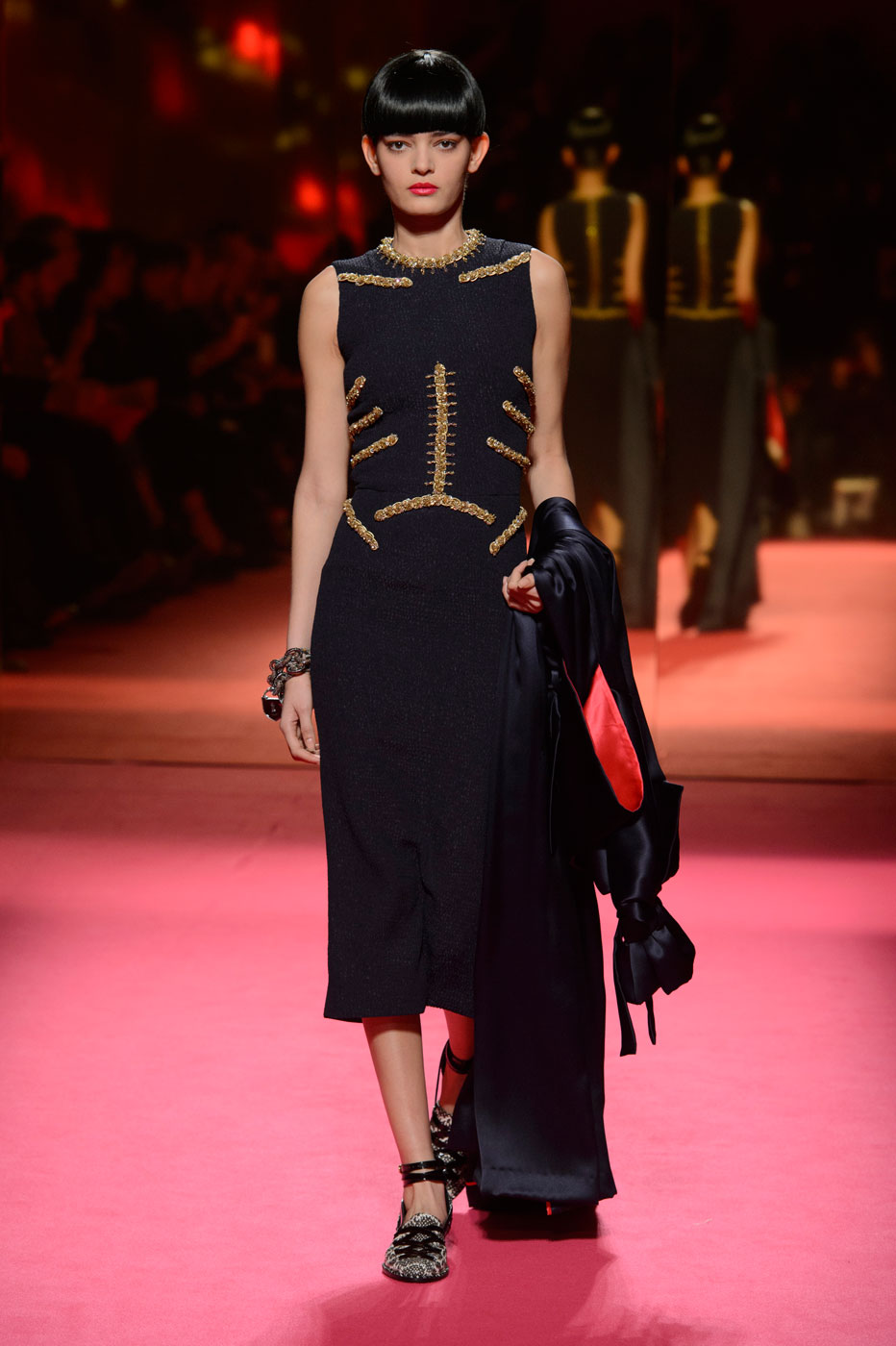 Schiaparelli-fashion-runway-show-haute-couture-paris-spring-summer-2015-the-impression-15