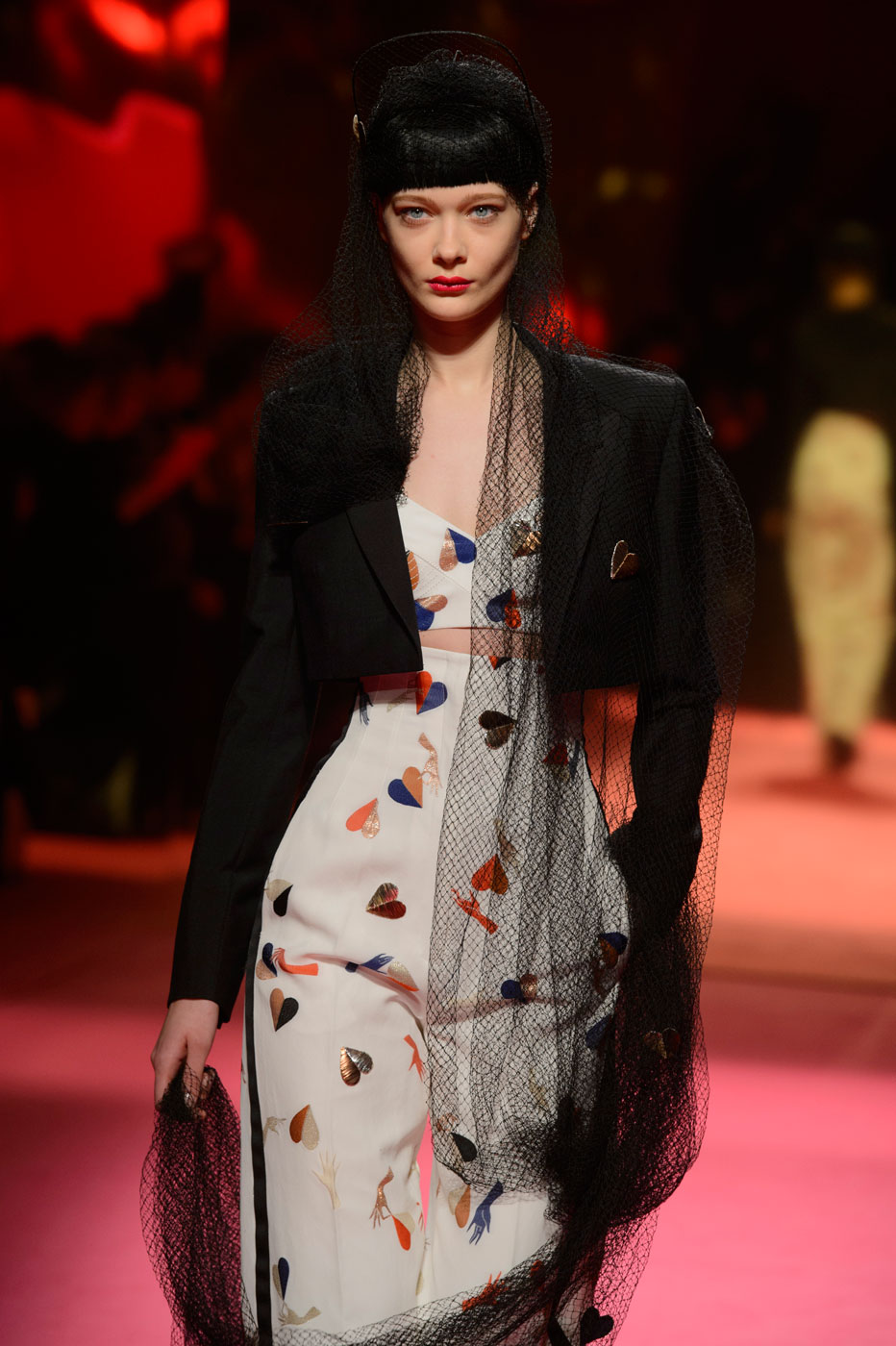 Schiaparelli-fashion-runway-show-haute-couture-paris-spring-summer-2015-the-impression-18