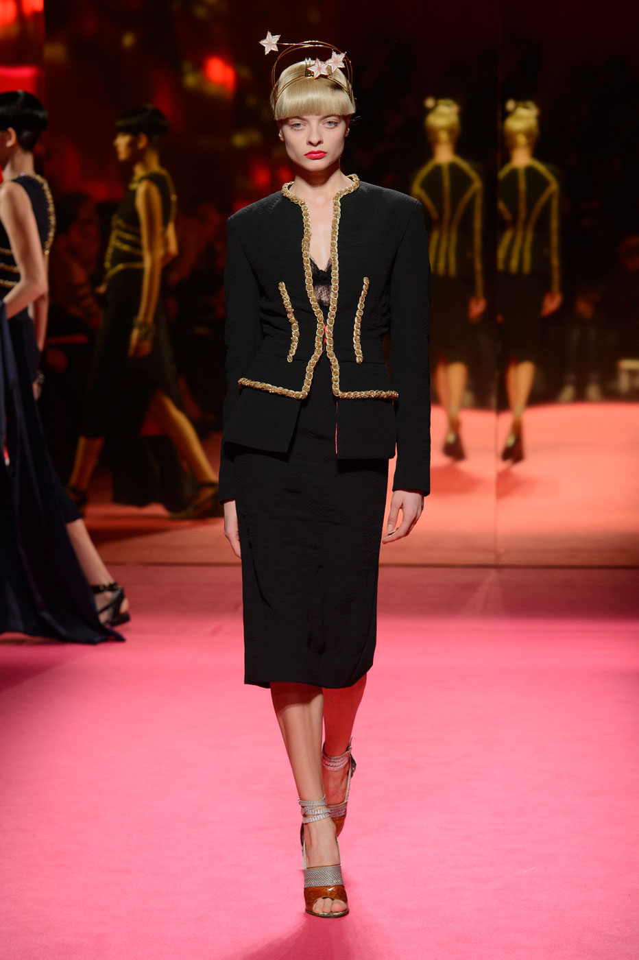 Schiaparelli-fashion-runway-show-haute-couture-paris-spring-summer-2015-the-impression-19