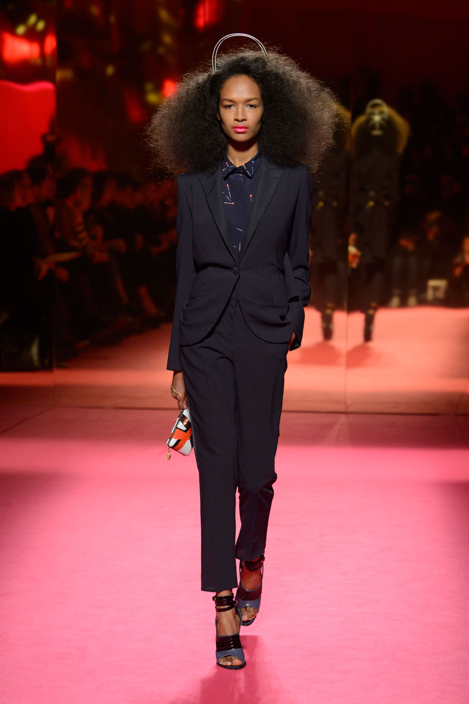 Schiaparelli-fashion-runway-show-haute-couture-paris-spring-summer-2015-the-impression-23