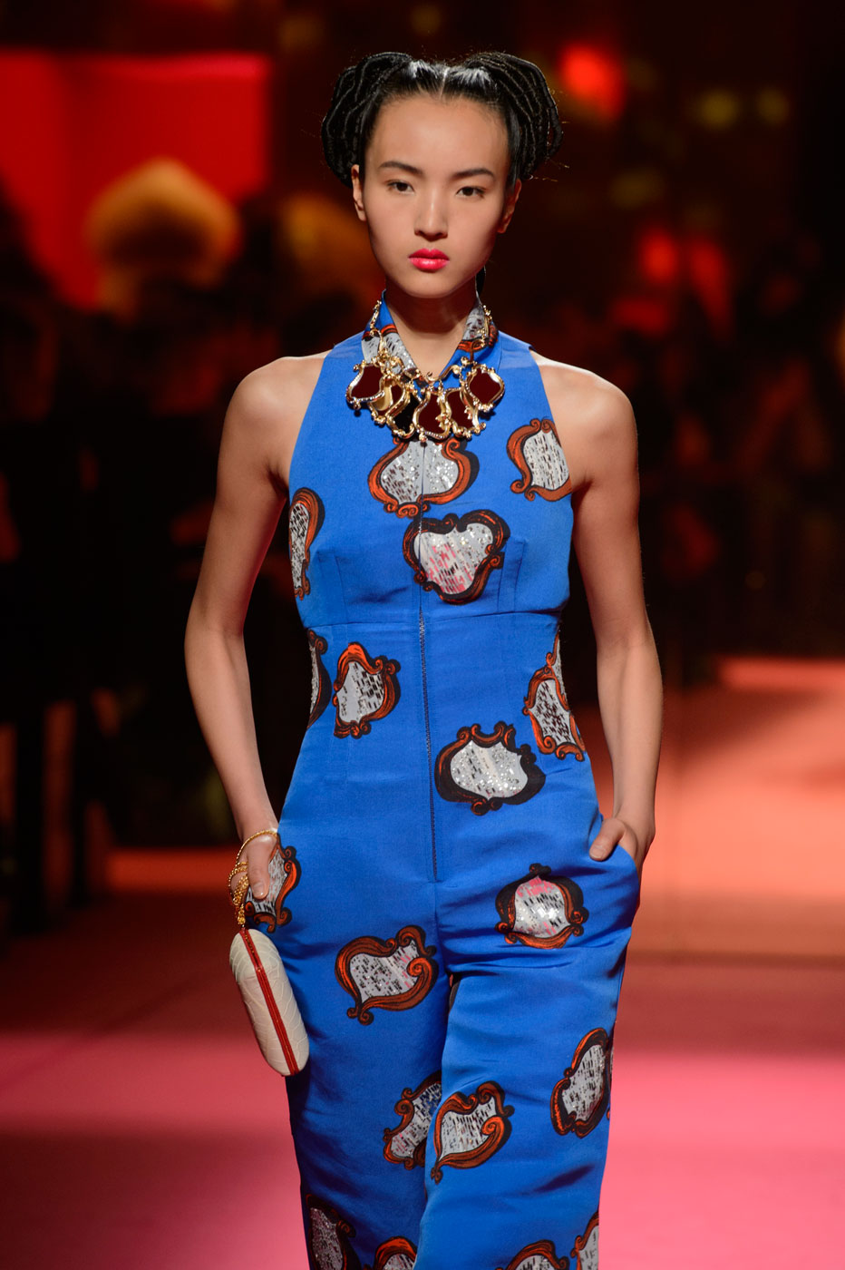 Schiaparelli-fashion-runway-show-haute-couture-paris-spring-summer-2015-the-impression-35