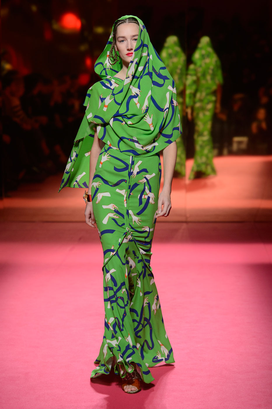 Schiaparelli-fashion-runway-show-haute-couture-paris-spring-summer-2015-the-impression-38