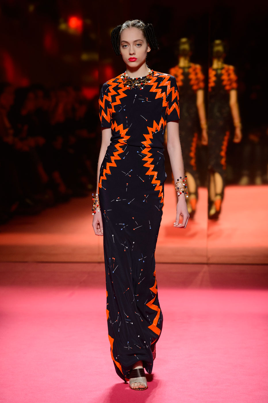 Schiaparelli-fashion-runway-show-haute-couture-paris-spring-summer-2015-the-impression-44