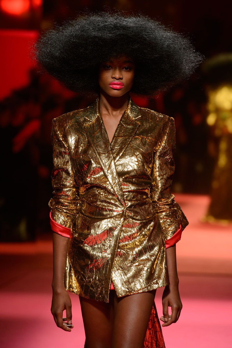 Schiaparelli-fashion-runway-show-haute-couture-paris-spring-summer-2015-the-impression-47