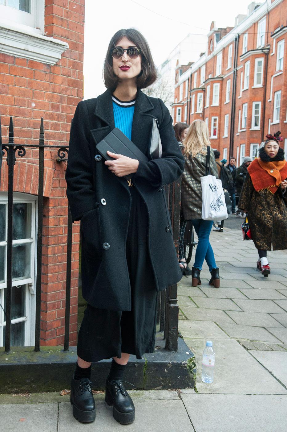 London str RF15 2003