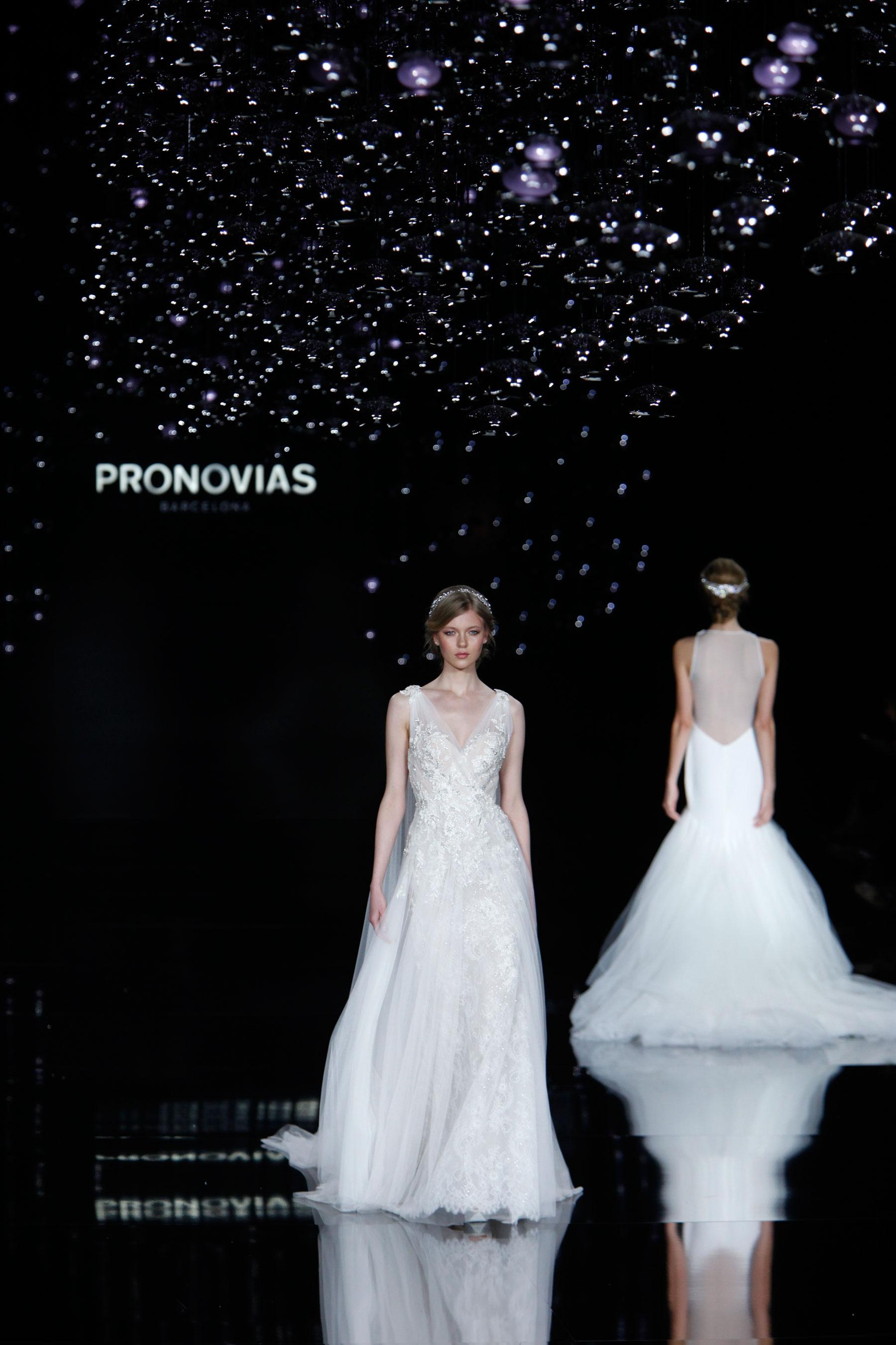 Pronovias brd RS17 0263