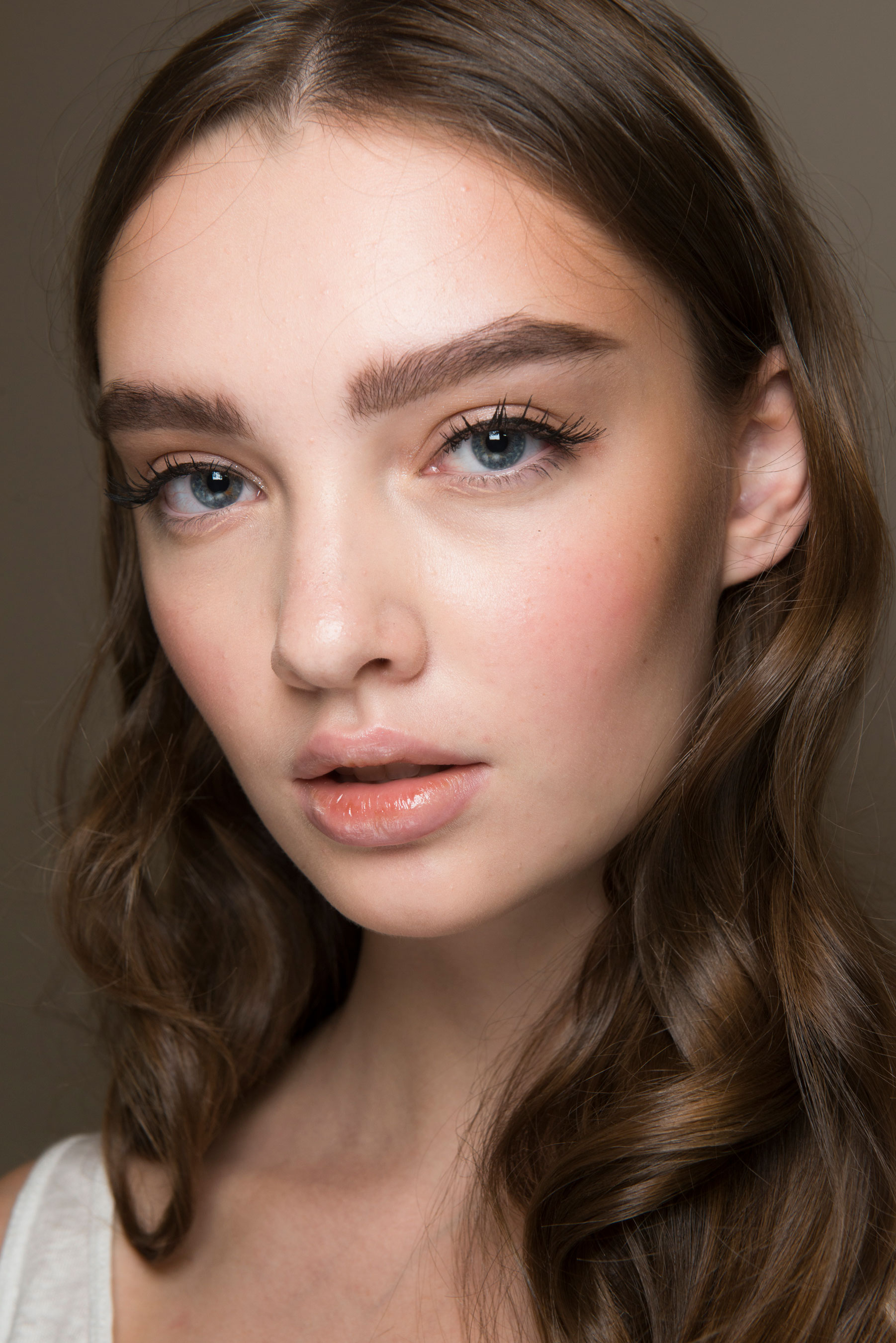 FOR THE BEAUTY || Luisa Beccaria SS2017, angelic soft make up with ...