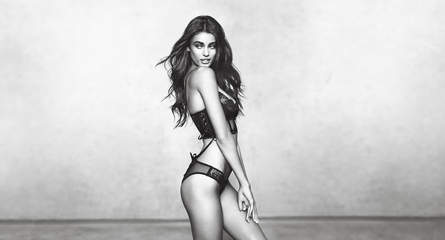 Taylor Hill - Model Interviews