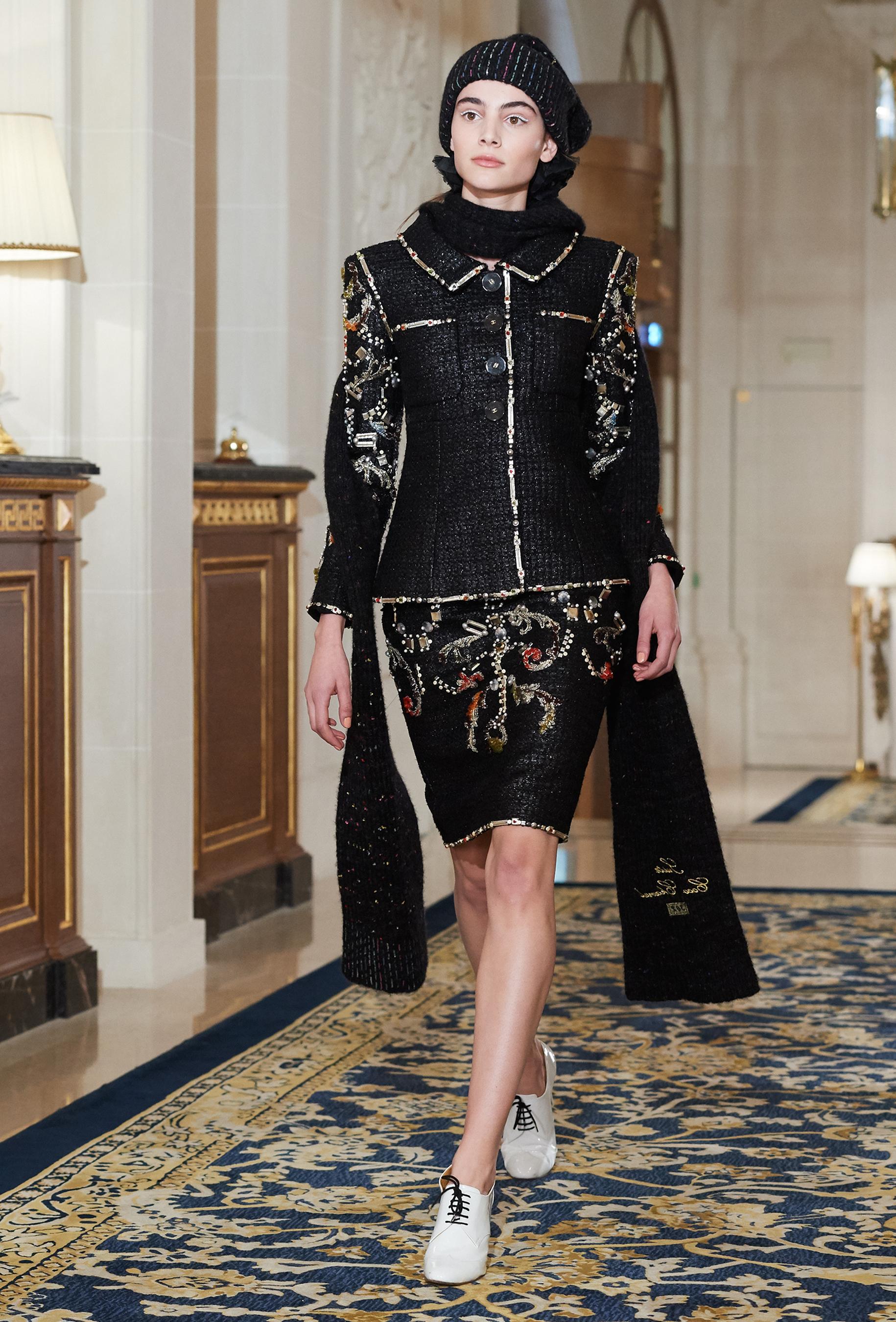 Chanel Metiers d'Art PO FW16 0129