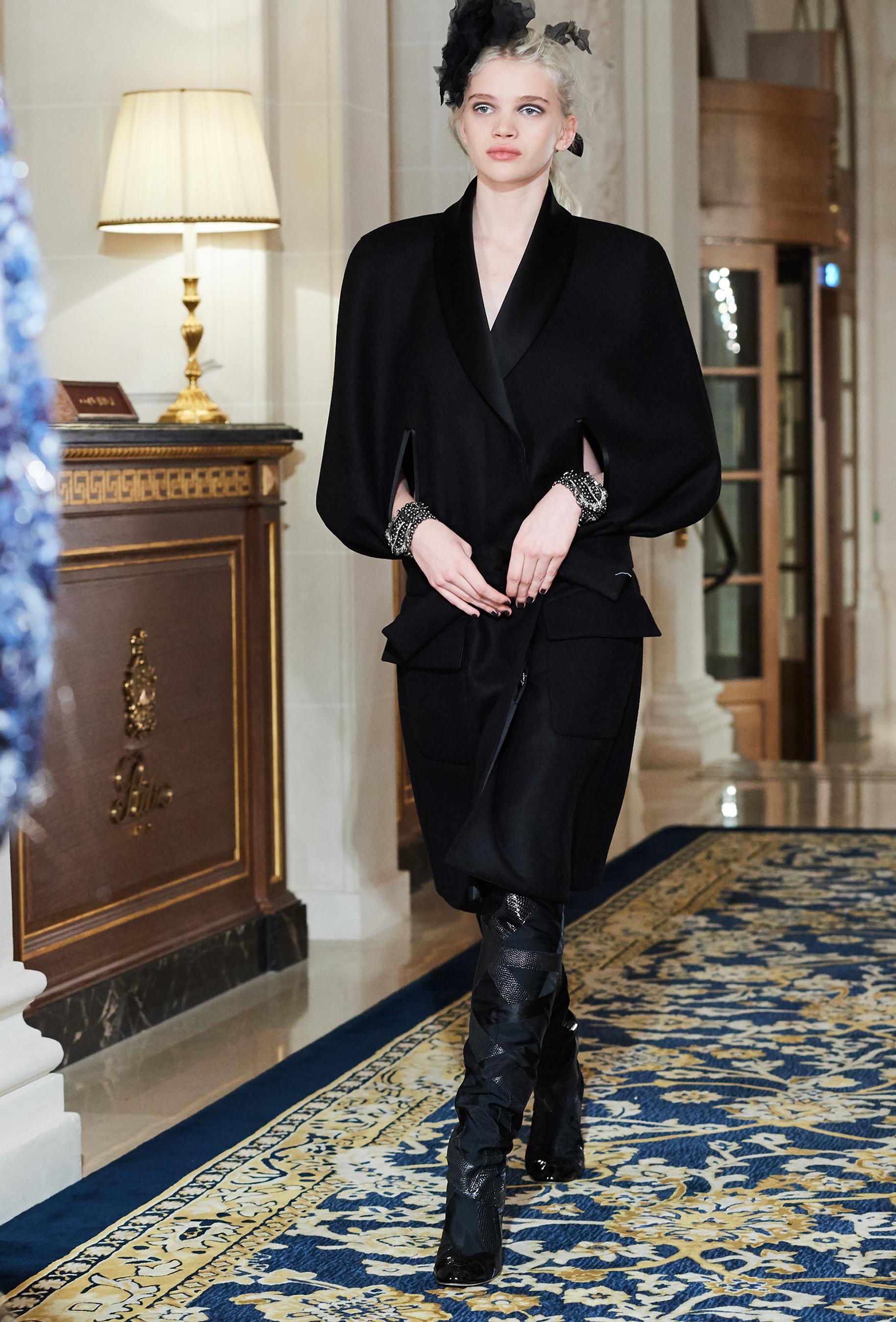 Chanel Metiers d'Art PO FW16 0149