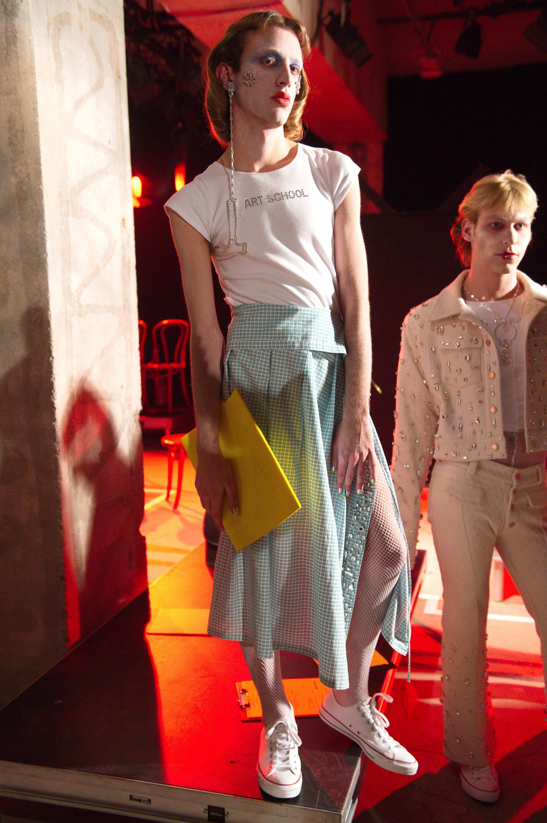Fashion East m RF17 0193