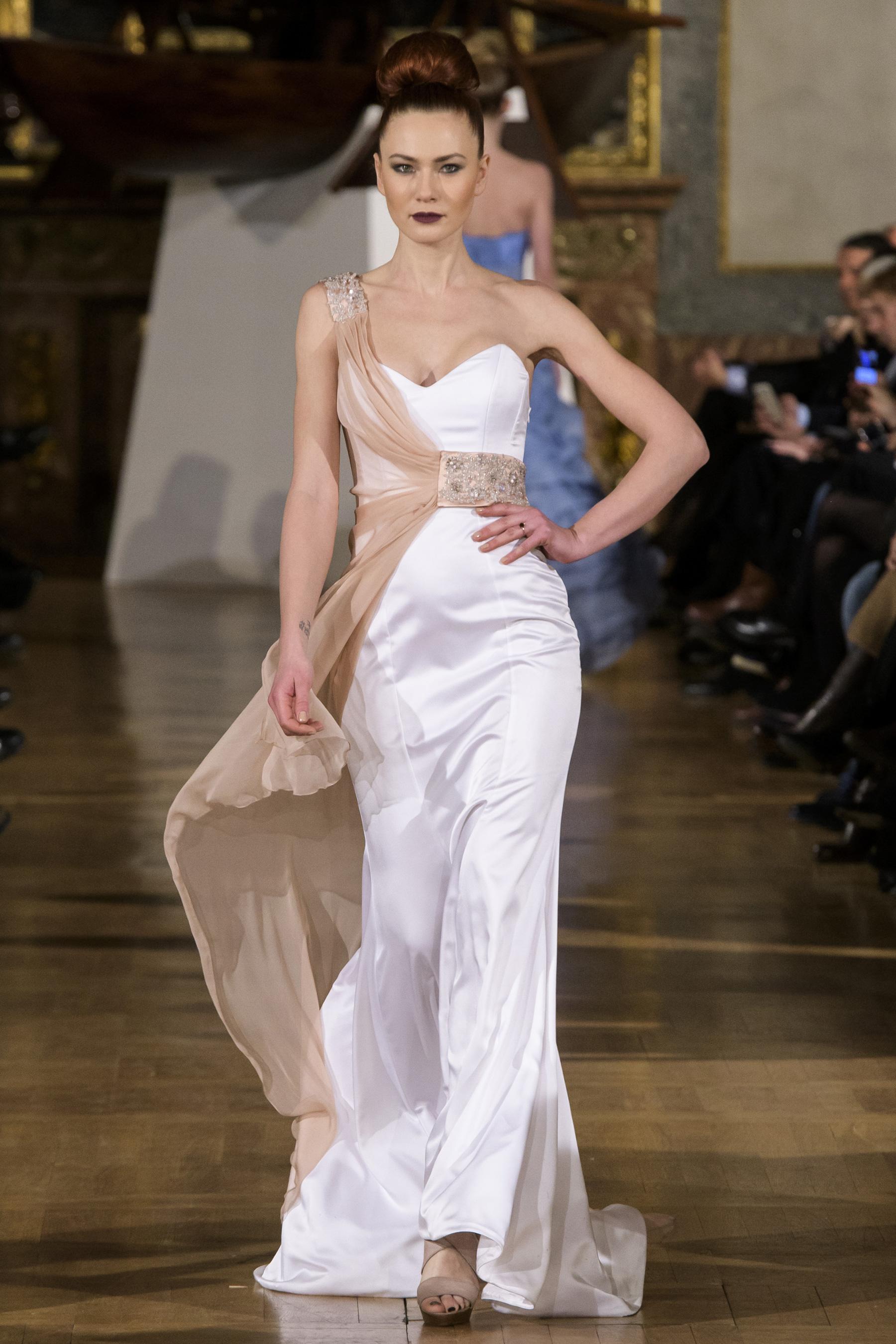 World of Fashion AR RF17 2026