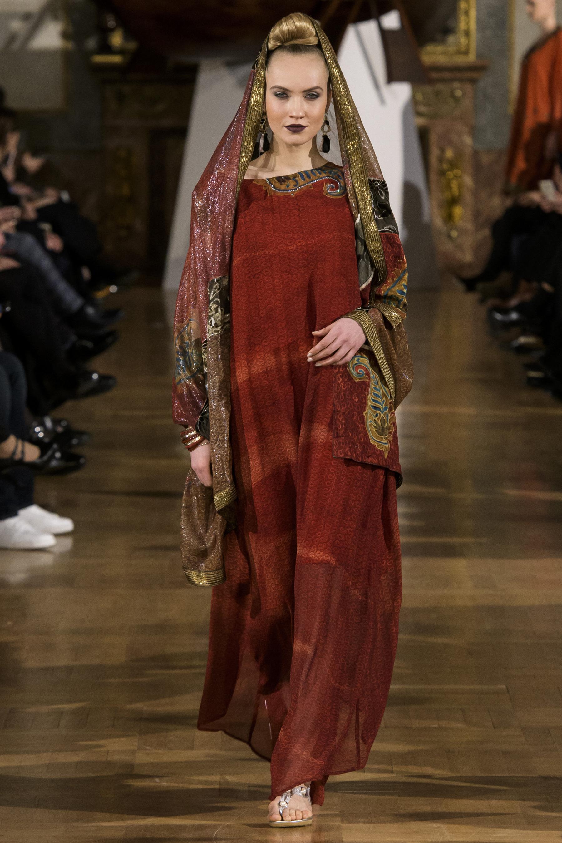 World of Fashion AR RF17 2389