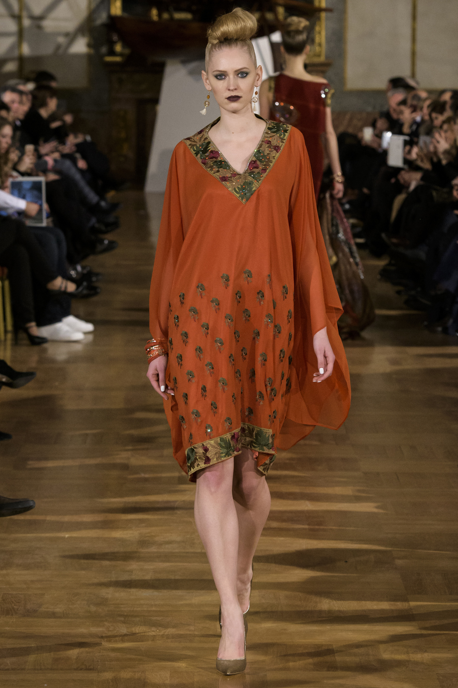 World of Fashion AR RF17 2416