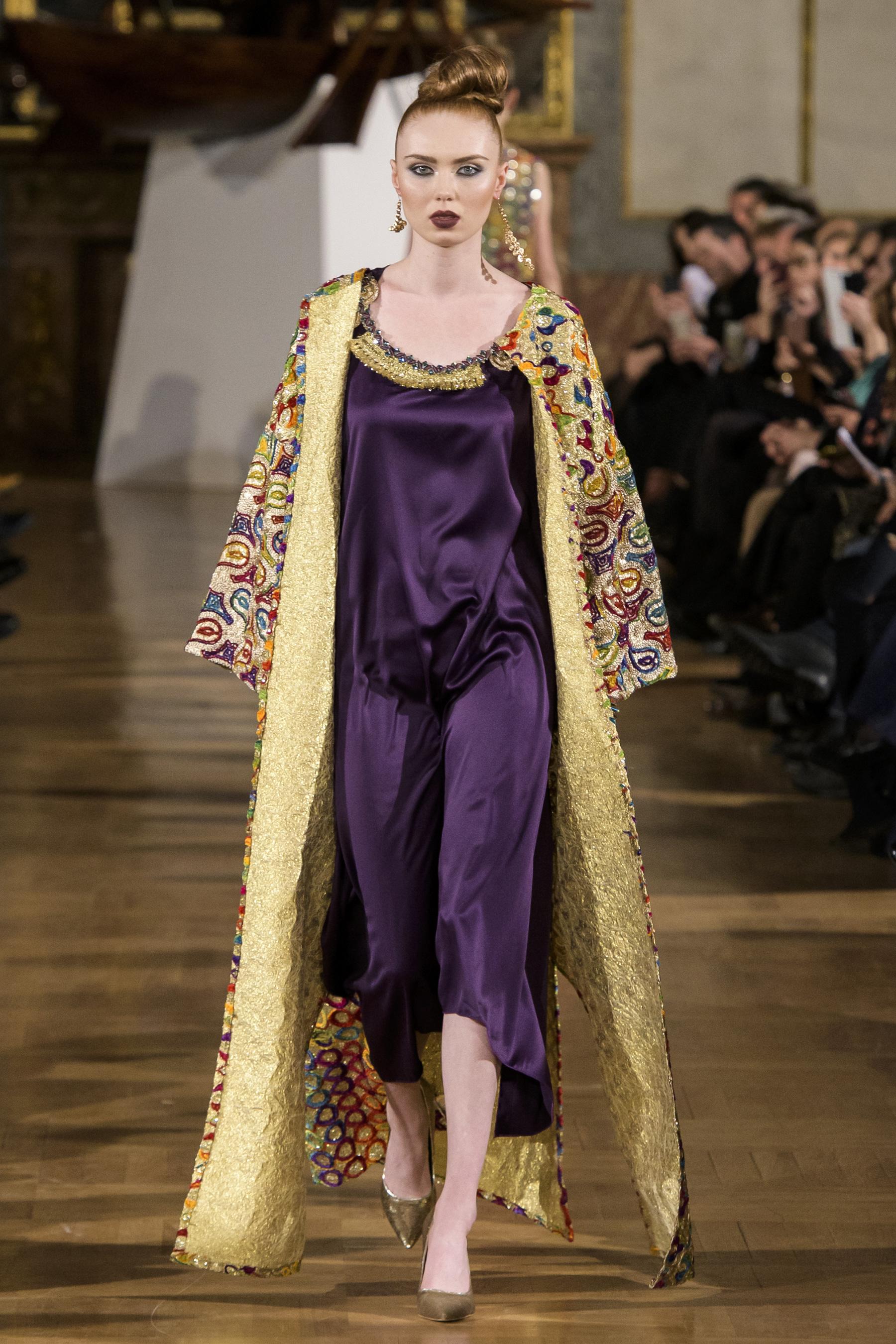 World of Fashion AR RF17 2522