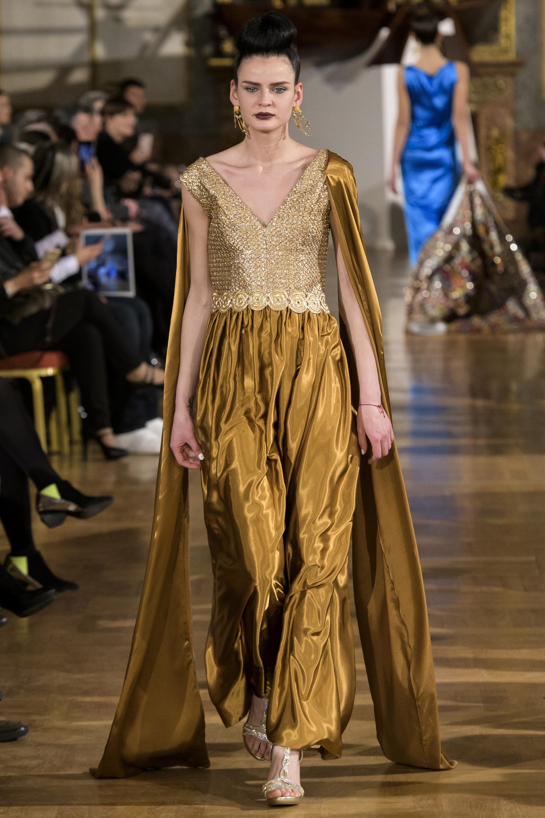 World of Fashion AR RF17 2563