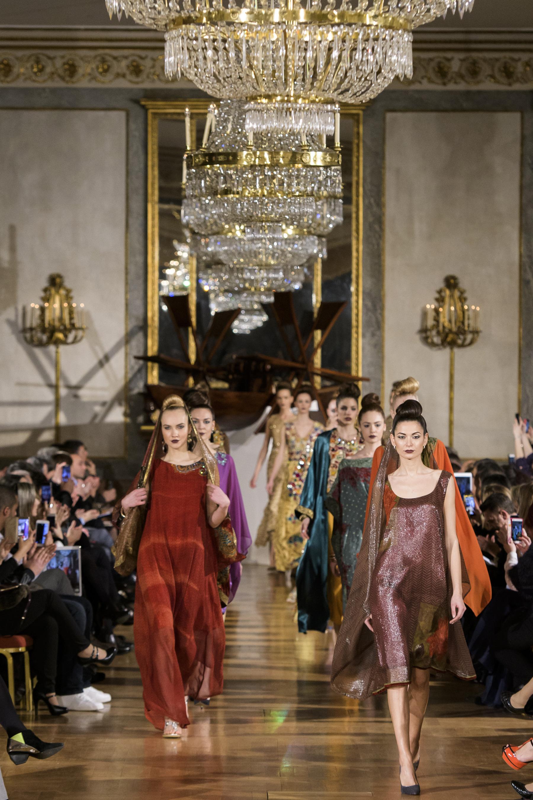 World of Fashion AR RF17 2705