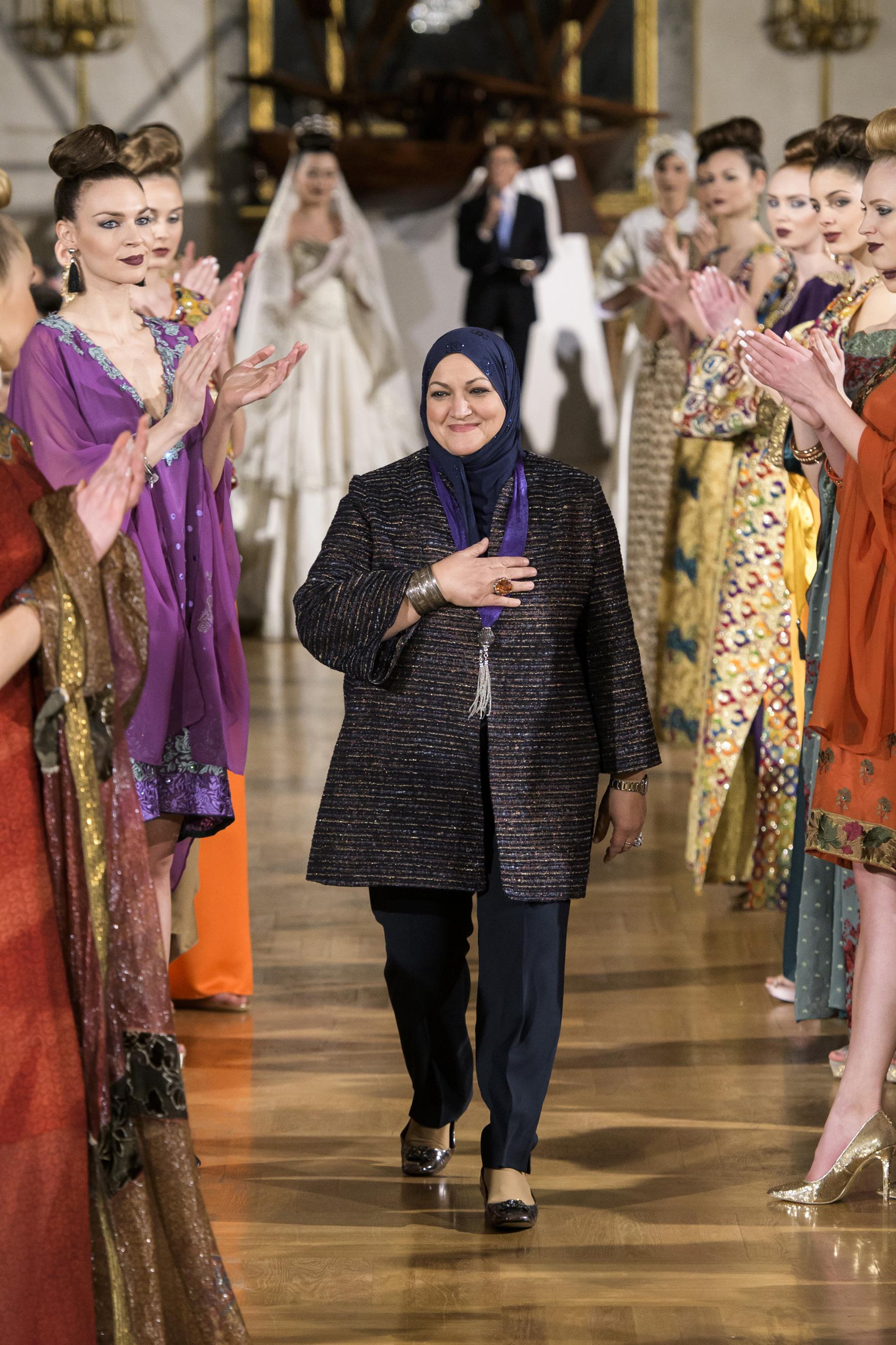 World of Fashion AR RF17 2722